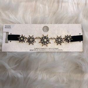 Jewelry - NWT Black Velvet Victorian Choker